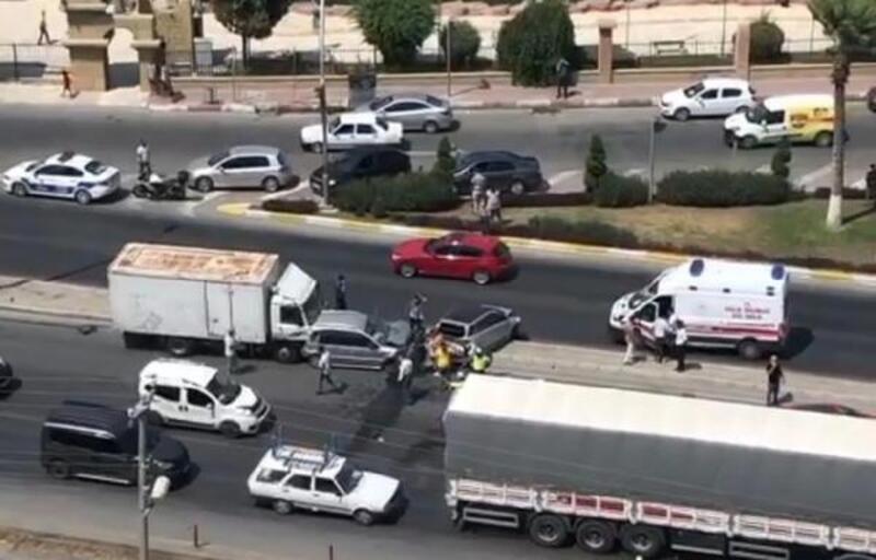 Tarsus'ta zincirleme kazada 3 kişi yaralandı