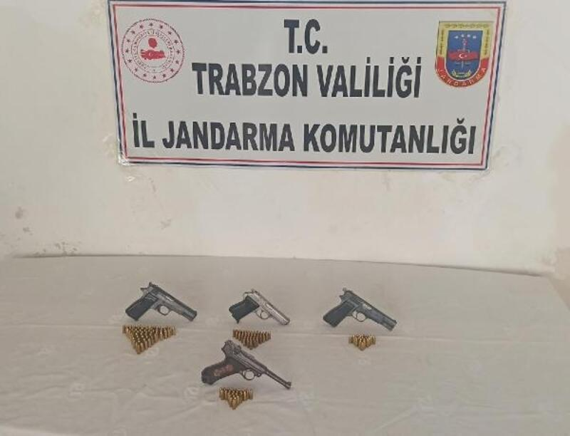 Trabzon'da 29 adrese 'silah' baskını: 4 gözaltı