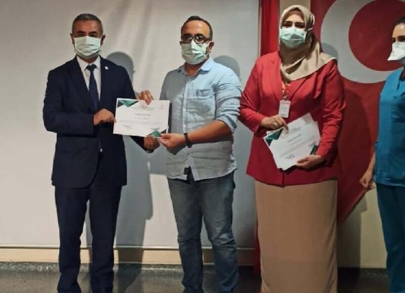 Yoğun bakım hemşirelerine sertifika