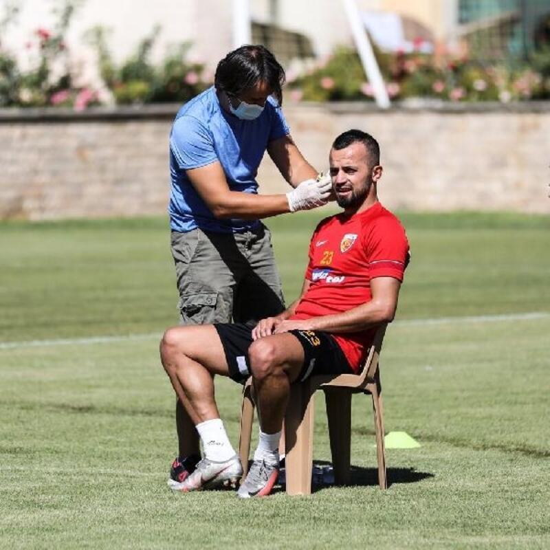 Kayserisporlu futbolcular laktak testinden geçti