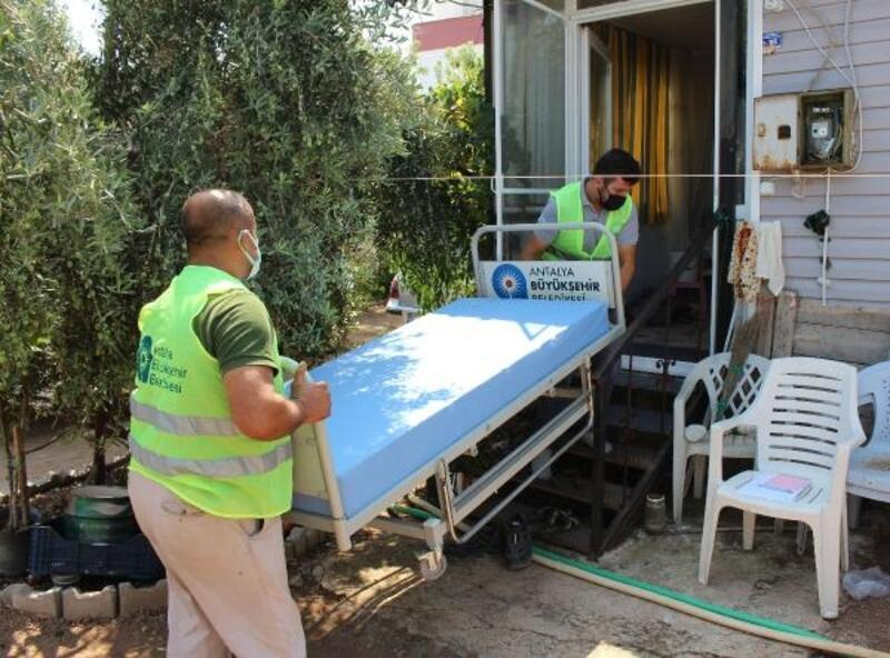Büyükşehir'den 15 kişiye tam donanımlı hasta yatağı