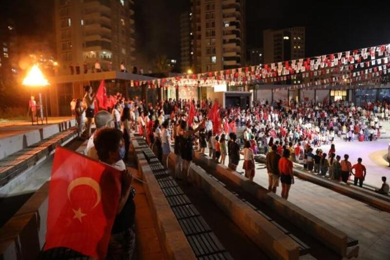 Mezitli'de zafer coşkusu konserle taçlandı