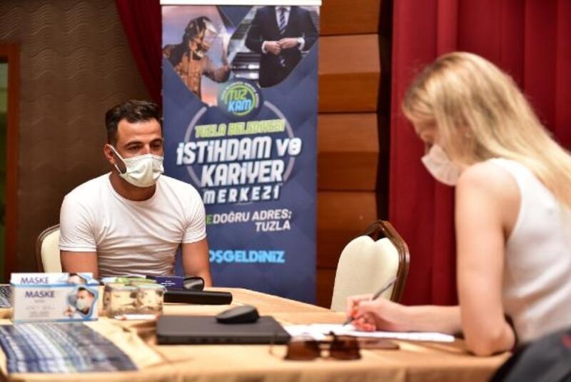 Tuzla'da yılın ilk 8 ayında 6 bin 500 kişi işe yönlendirildi