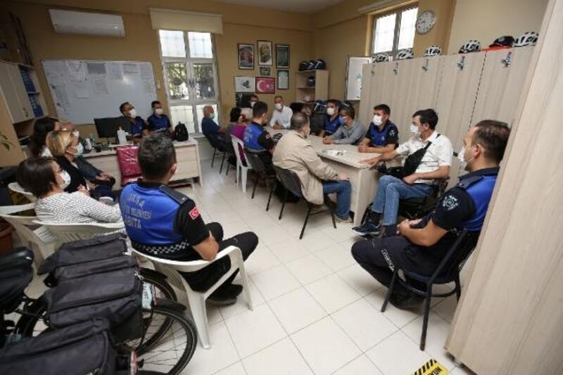 'Bizim Ev' katılımcıları, Zabıta Haftası'nı kutladı