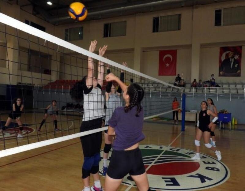 Kepez'in genç sultanları gün sayıyor