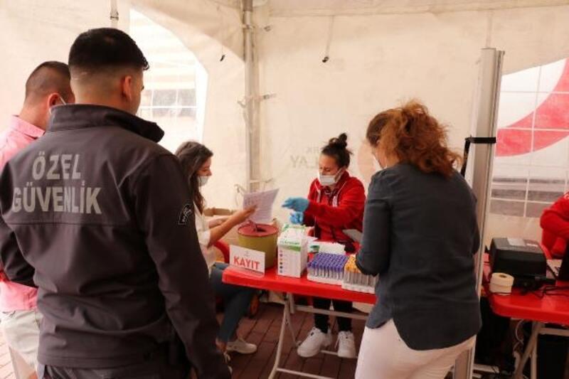 Keşan'da kan bağışlayan belediye personeli bir gün idari izinli sayıldı