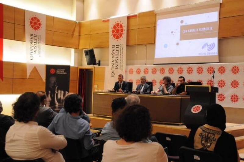 Kayseri'de 'Çoklu medya yönetimi' paneli