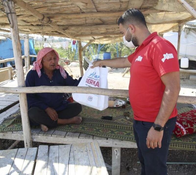 Derman ekiplerinden çadır kentlere destek
