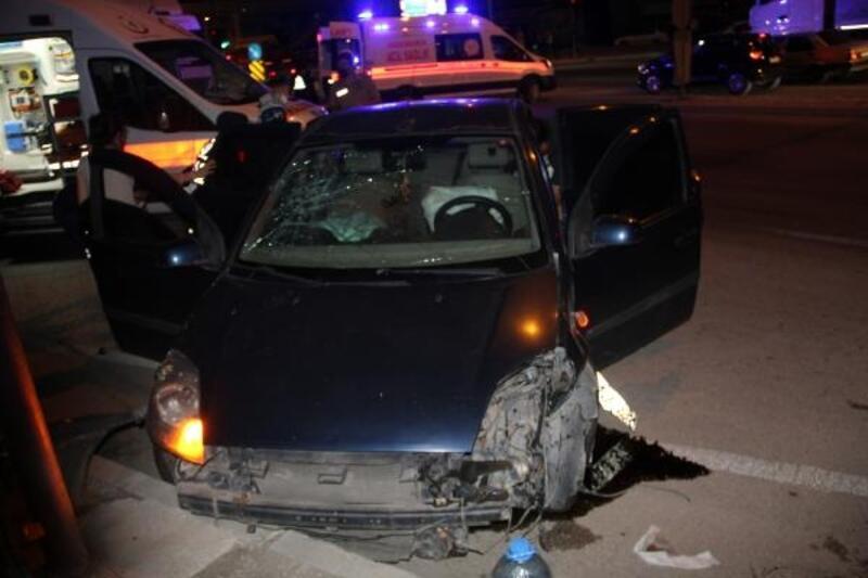 Dinar'da kaza: 5 yaralı