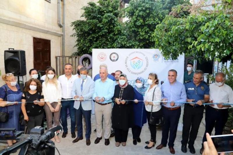 Akdeniz'de Kadın ve Aile Danışmanlığı Merkezi açıldı