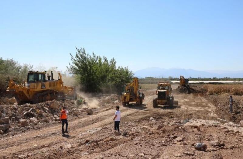 Çalkaya bölgesine yeni yollar açılmaya devam ediyor