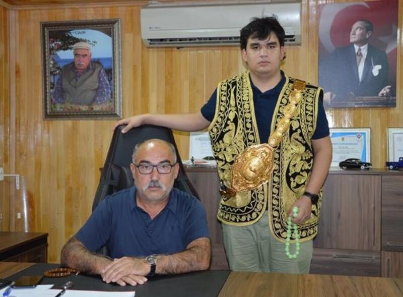 Babasının vasiyetini 1.3 milyon lira ödeyerek yerine getirdi