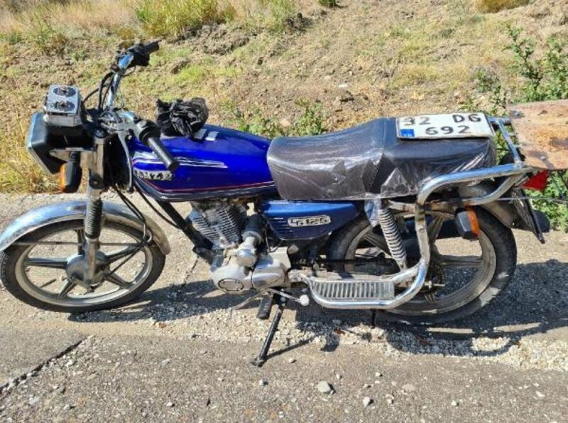 Jandarma motosiklet hırsızlarını yakaladı