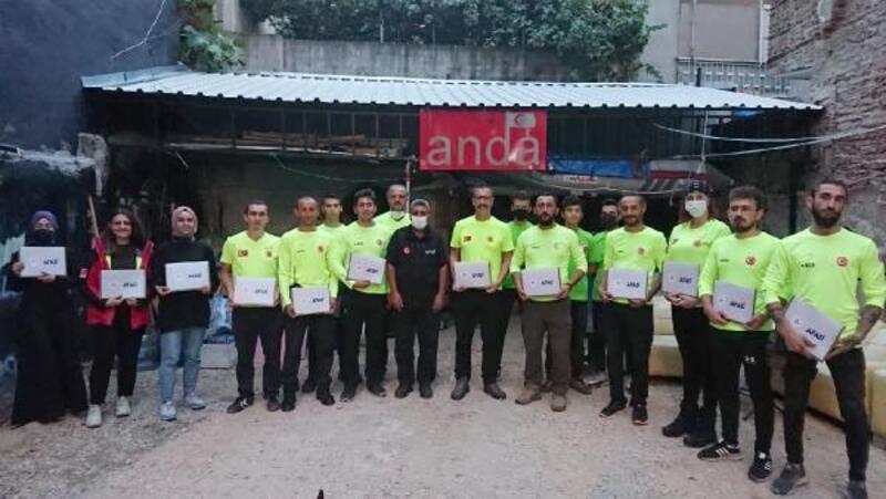 Afet bölgesinde görev yapan ANDA gönüllülerine teşekkür belgesi