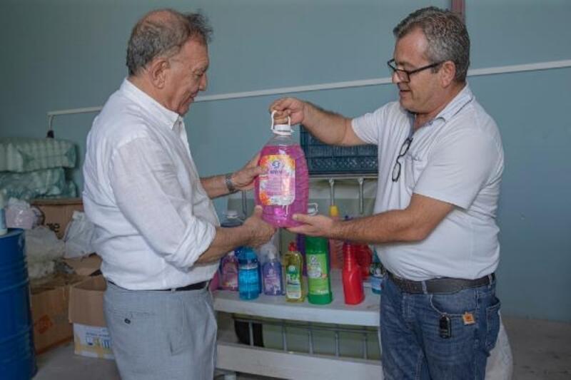 Seyhan Belediyesi, ürettiği temizlik ürünlerini satışa sundu