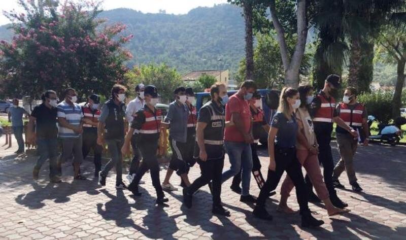 Kemer'de polis ve jandarmadan ortak operasyon