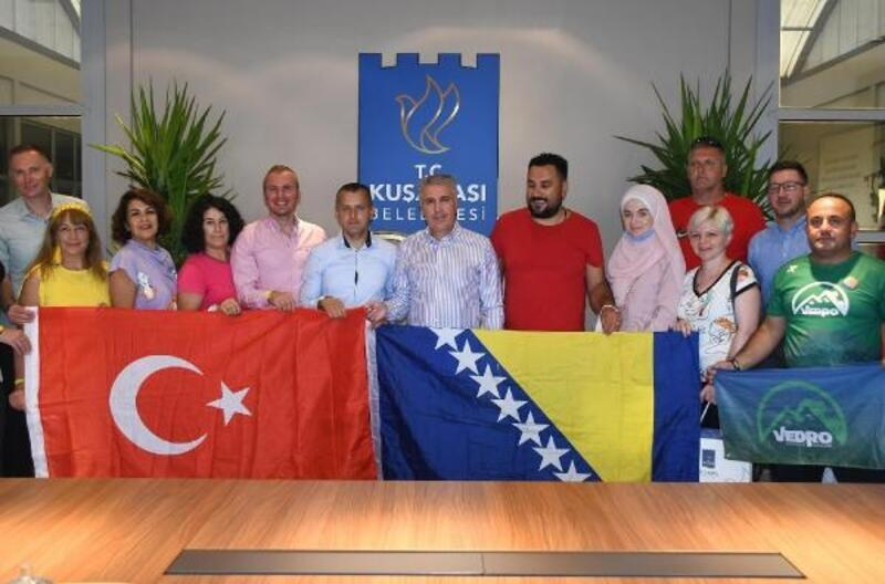 Bosnalı dağcılardan Kuşadası Belediyesi'ne ziyaret