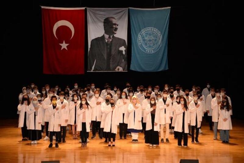 BUÜ Diş Hekimliği Fakültesi'nde yeni akademik dönem başladı