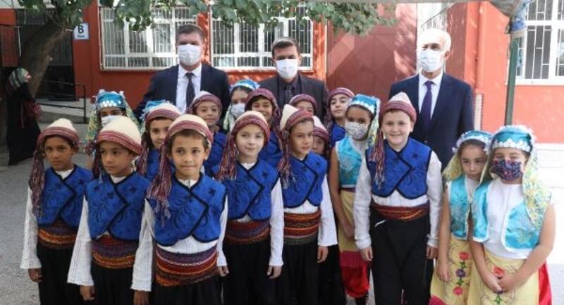 Burdur'da İlköğretim Haftası töreni