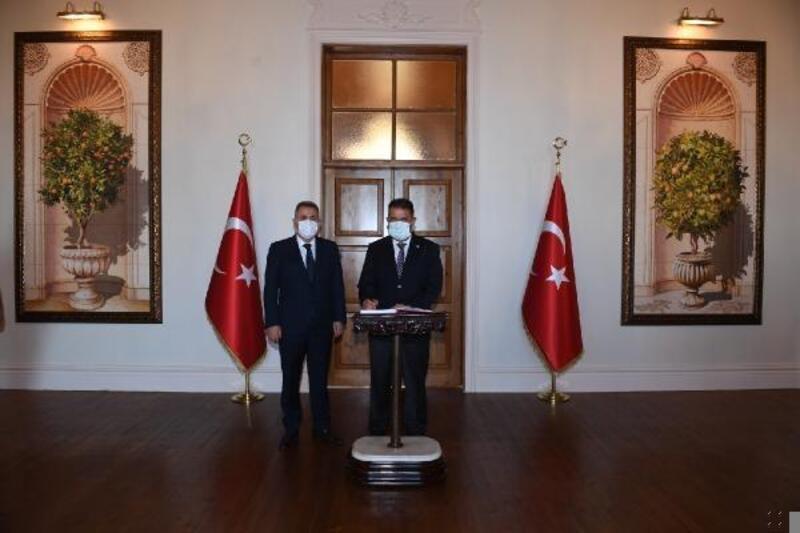 KKTC Başbakanı Saner'den, Vali Elban'a ziyaret