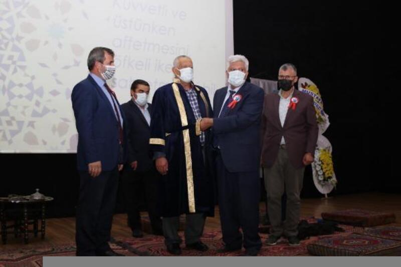 Hacılar'da yılın ahisine törenle kaftanı giydirildi