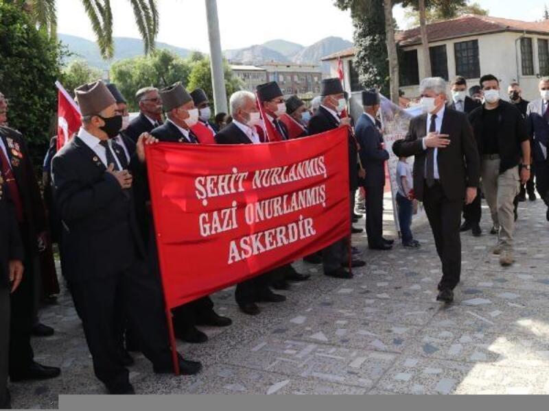 Hatay'da Gaziler Günü için tören düzenlendi