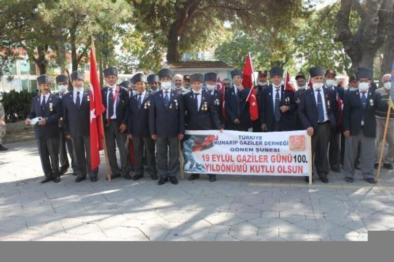 Gönen'de Gaziler Günü kutlandı