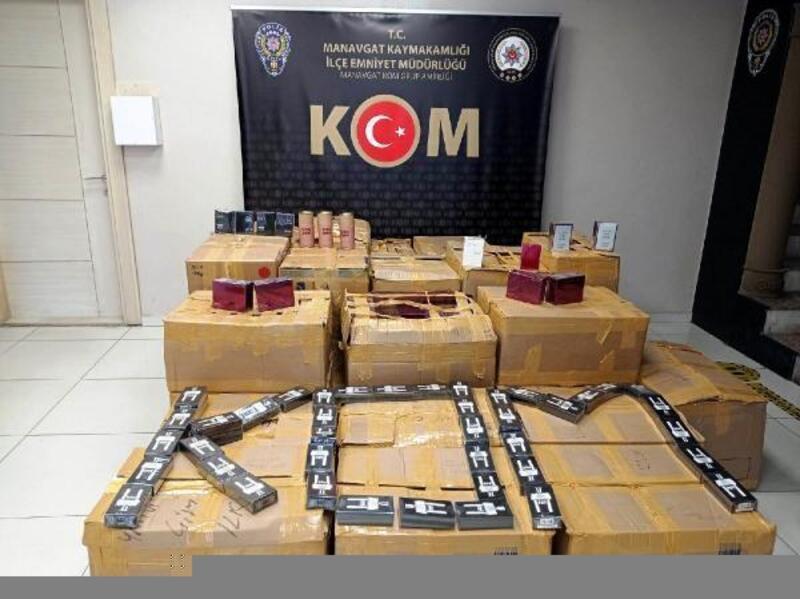 Manavgat'ta kaçak parfüm operasyonu
