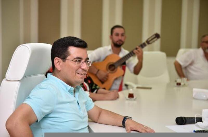 Tütüncü: Antalya sanatçılarıyla güzel