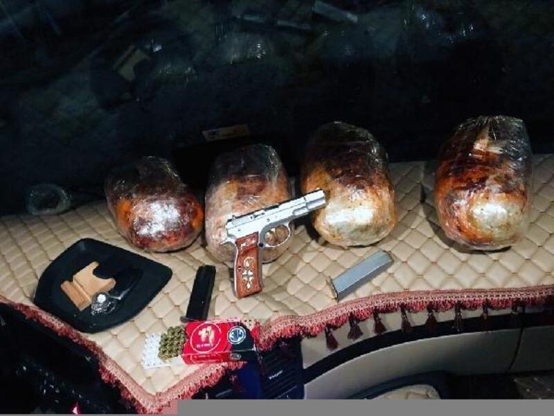Polisin takip edip durdurduğu TIR'da 4 kilo 550 gram esrar ele geçirildi