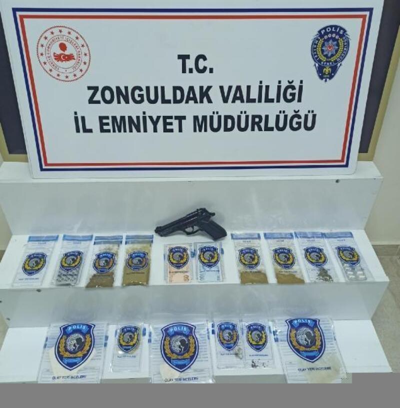 Zonguldak'ta sokak satıcılarına yönelik operasyon: 3 tutuklu