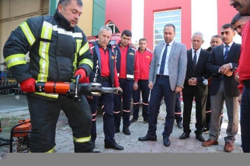 Başkan Özdemir: İtfaiyeciler kutsal bir vazifeyi yerine getiriyor