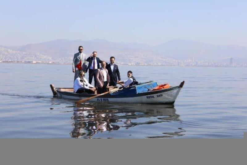 """AK Partili Sürekli: """"Körfezde yüzmek için kıyıda ambulans beklemesi lazım"""""""