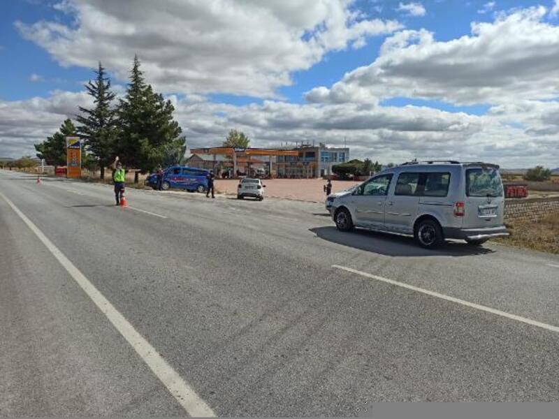 Konya'da jandarmadan hava destekli trafik denetimi