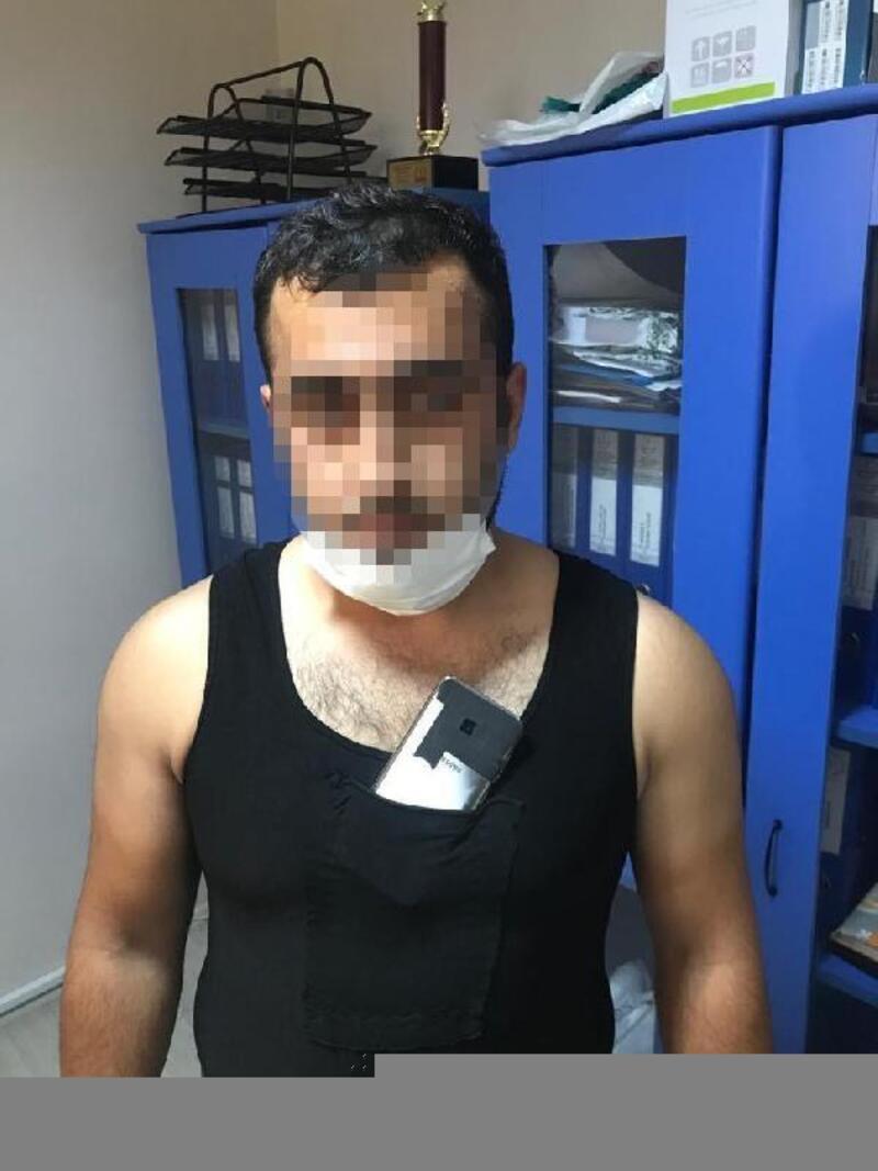Düzenek kurup, ehliyet sınavında kopya çeken 2 kişi gözaltına alındı