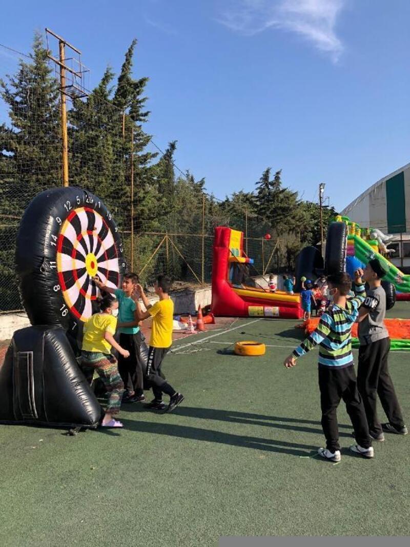 Beyoğlu Çıksalın Spor Tesislerindeki ücretsiz eğlence parkuru kapılarını açtı