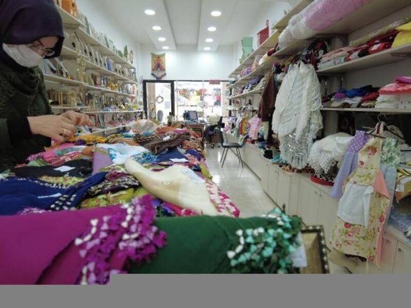 Hanımeli El Ürünleri Satış Merkezi kadınların kazanç kapısı oldu