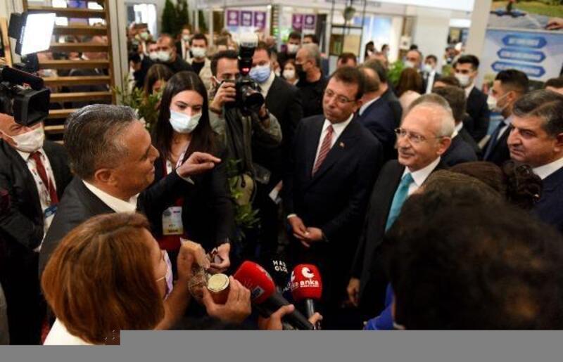 CHP Lideri Kılıçdaroğlu Muratpaşa standında