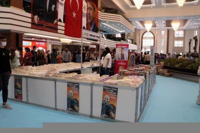 Gaziantep'te kitap fuarı açıldı