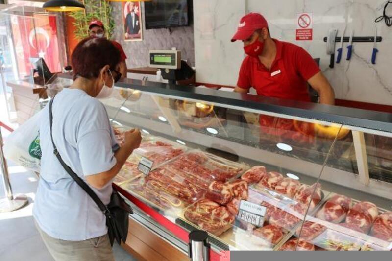 Serik Halk Et'te 1 yılda 53,5 ton et satıldı