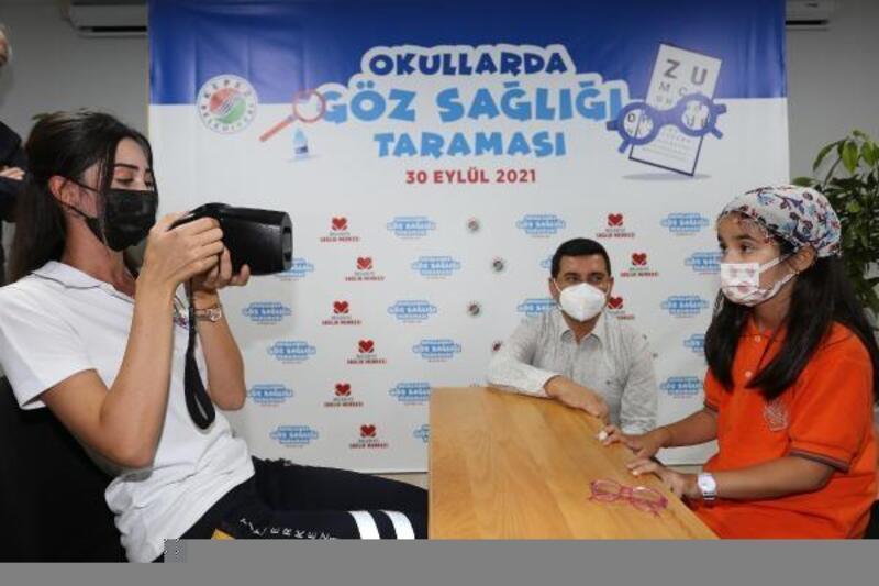 Kepez'den 25 bin öğrenciye göz taraması