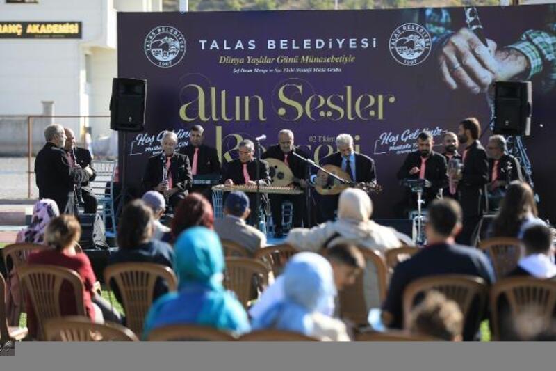Talas'ta yaşlılar gününe özel konser