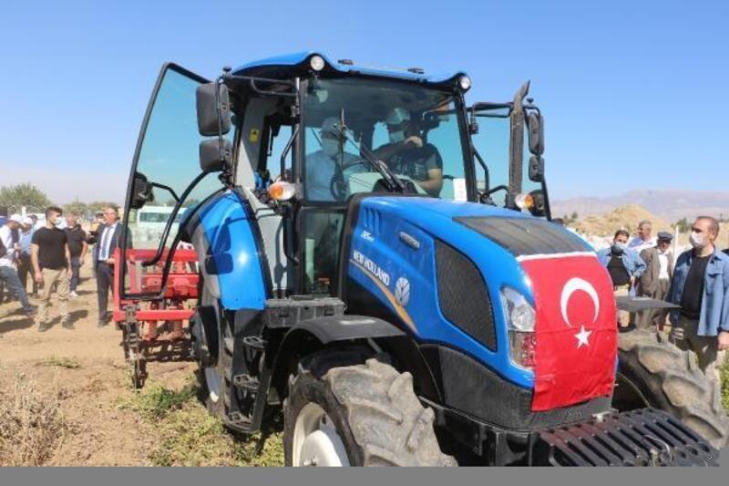 Şırnak'ta yer fıstığı hasadı başladı