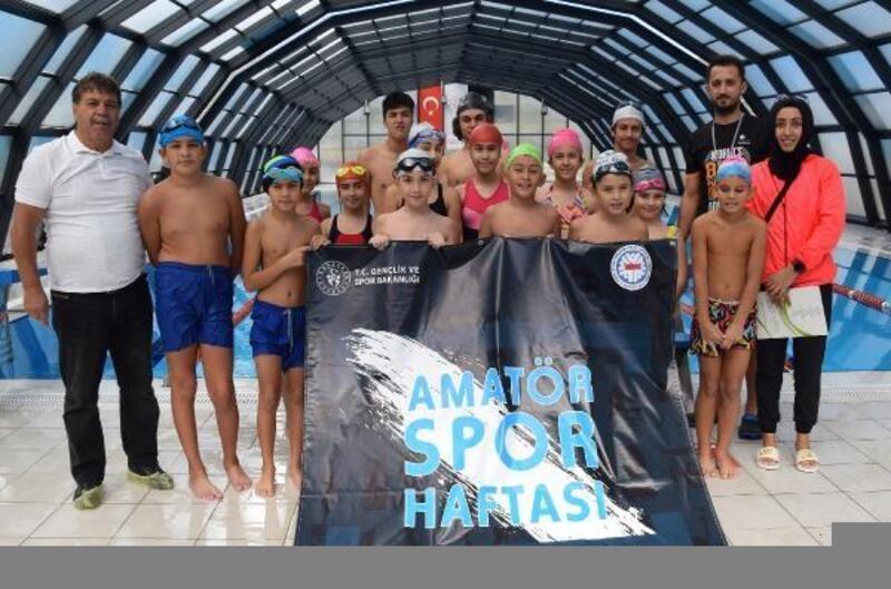 Kumluca'da ilk defa yüzme yarışması
