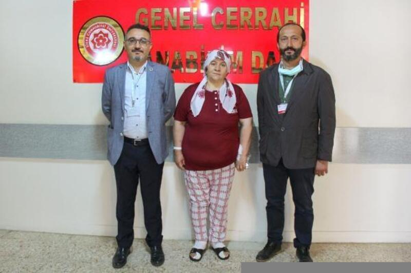 Sivas'ta ilk kez yapılan ameliyatla sağlığına kavuştu