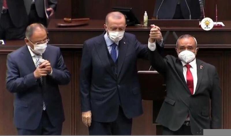 DP'den istifa eden Şahin, AK Parti'ye geçti