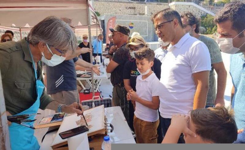 Finike'de Uluslararası Suluboya Resim Festivali