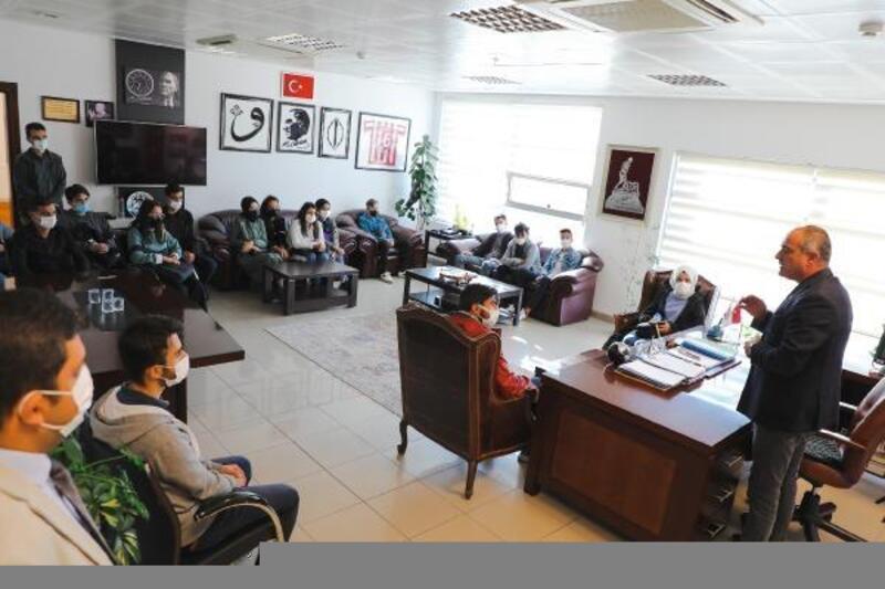 Gemlik Belediyesi'nden üniversite öğrencilerini sevindiren hizmet