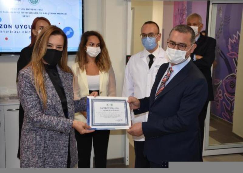 Dokuz Eylül Üniversitesi Hastanesi'nde hekimlere ozon eğitimi