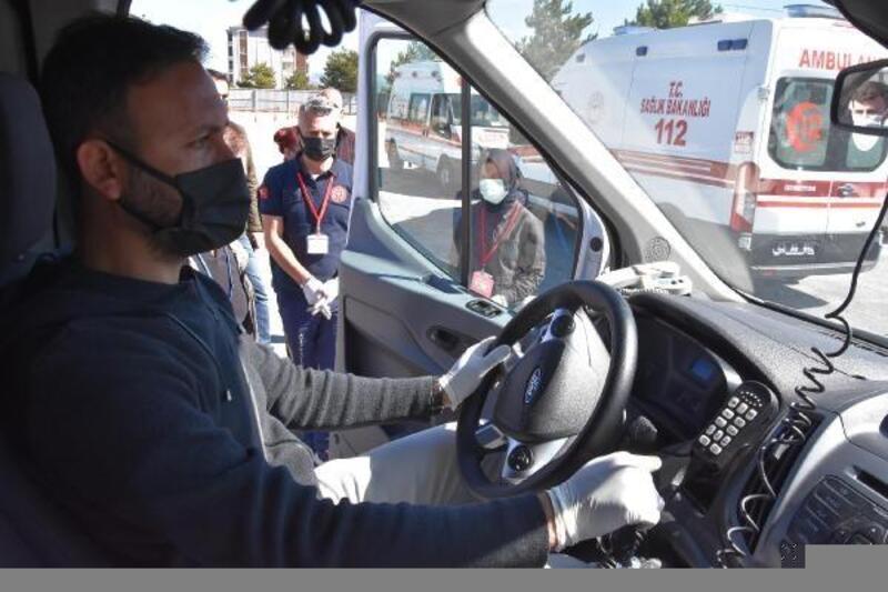 Ambulans sürücülerine 'sürüş teknikleri' eğitimi